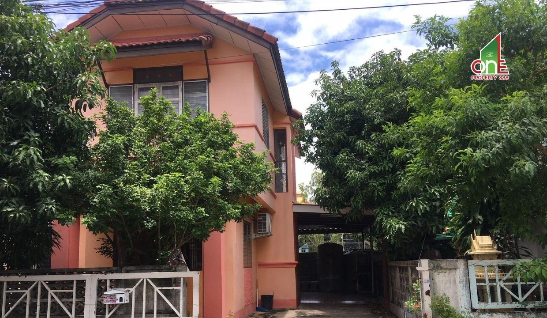 บ้านแฝด 2 ชั้น  ม.ธราดลบุรี  ถนนรังสิต – นครนายก ตำบลลำผักกูด  อำเภอธัญบุรี   ปทุมธานี